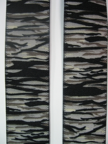 "CAMOUFLAGE 1 1/2"" X 48"" SUSPENDERS With 2 Strong Chrome Adjusters And 4 Grips. UB220N48TSCT"