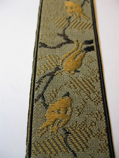 "AVIARY DESIGN 1 1/3"" X 48""       ""Y"" STYLE GOLD AND BLACK COLOR ON KHAKI TAN BACKGROUND WITH BLACK TRIM ON EDGES. DELUXE SUSPENDERS.WITH 3 GOLD GRIPS AND 2 LENGTH ADUSTERS   YD-AVI76B48#131g"