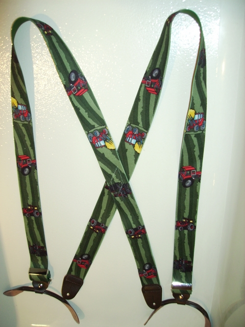 BUTTON-ON TRACTOR GREEN FIELDS Suspenders 1 1/2 inches wide and 48 inches long UB120N48TCGN